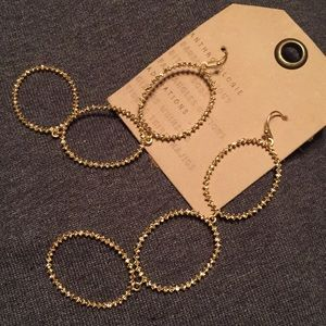 """Anthropologie 4""""triple rounds dangle gold $48"""